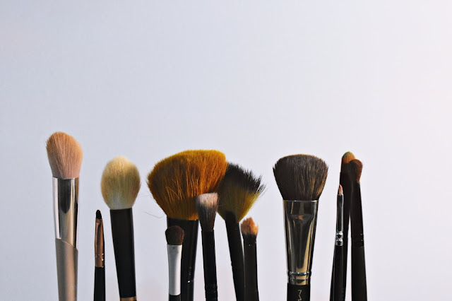Guide To Different Types of Makeup Brushes, Makeup Brushes, Makeup, beauty