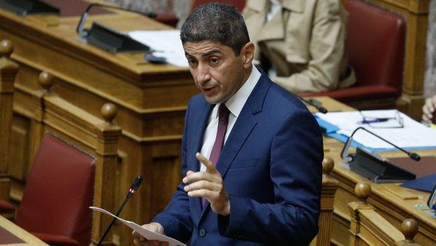 Επίθεση στο γραφείο του από αντιεξουσιαστές καταγγέλλει ο Αυγενάκης