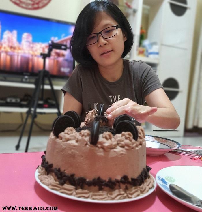 Homemade Oreo Chocolate Cake