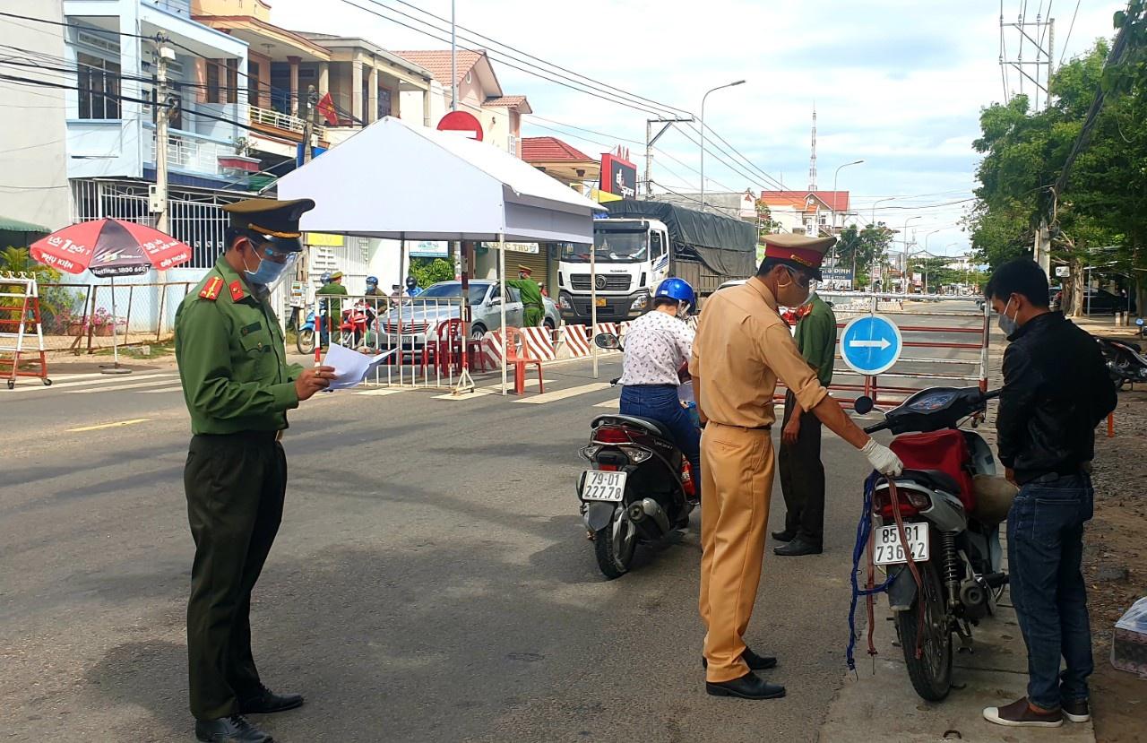 Ninh Thuận: Bổ sung nhiều biện pháp phòng chống dịch trong 4 ngày nghỉ lễ 2.9