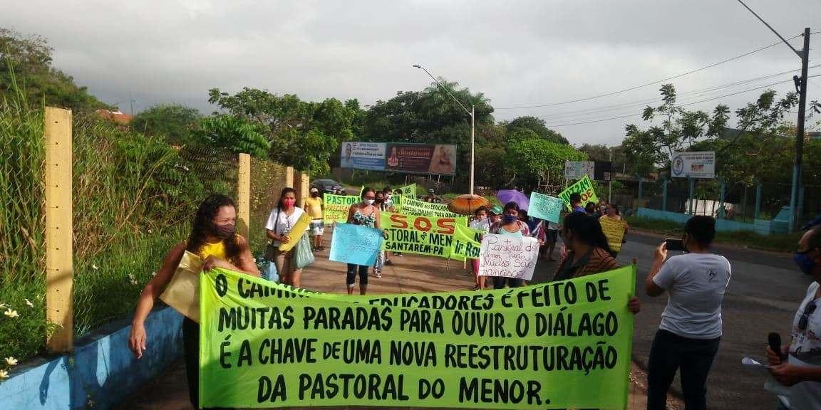 Católicos vão às ruas contra arcebispo metropolitano de Santarém; fotos