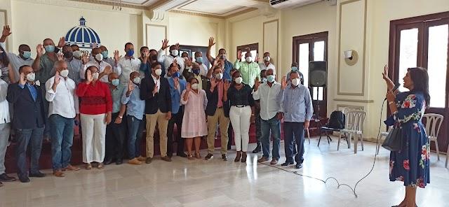 Juramentan Consejo de Desarrollo Provincial en San Cristóbal