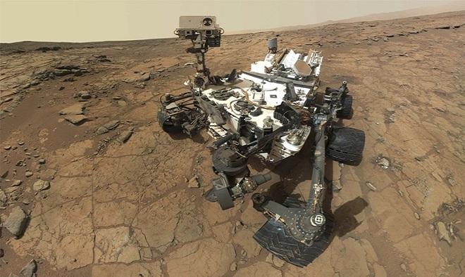 Tháng 8/2012, robot thám hiểm tự hành Curiosity của NASA hạ cánh lên bề mặt sao Hỏa