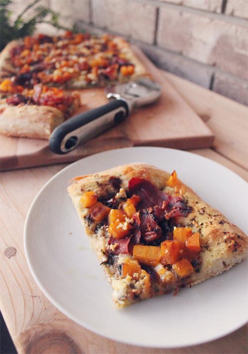 Fall Butternut Squash, Prosciutto & Caramelized Onion Pizza