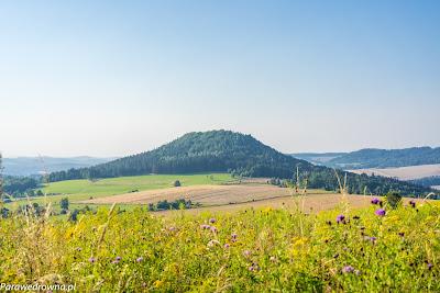Góra Stromiec obserwowana spod wierzchołka Szybowiska