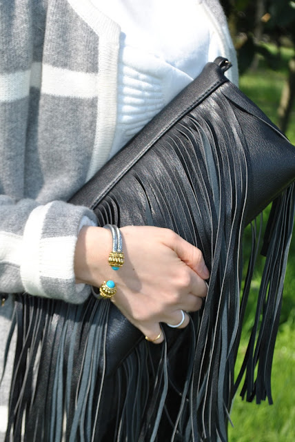 bracciale majique london oceanic jewelers majique london braceler  outfit borsa con frange come abbinare la borsa con frange abbinamenti borsa frange borsa a mano con frange clutch con frange fringed bag how to wear fringed bag fringed bag outfit outfit primaverili spring outfit outfit marzo 2016 march outfit mariafelicia magno fashion blogger color block by felym fashion blogger italiane fashion blog italiani fashion blogger milano blogger italiane blogger italiane di moda blog di moda italiani ragazze bionde blonde hair blondie blonde girl fashion bloggers italy italian fashion bloggers influencer italiane italian influencer
