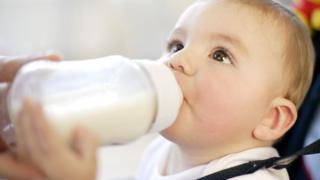 Іноземна преса: українці п'ють радіоактивне молоко