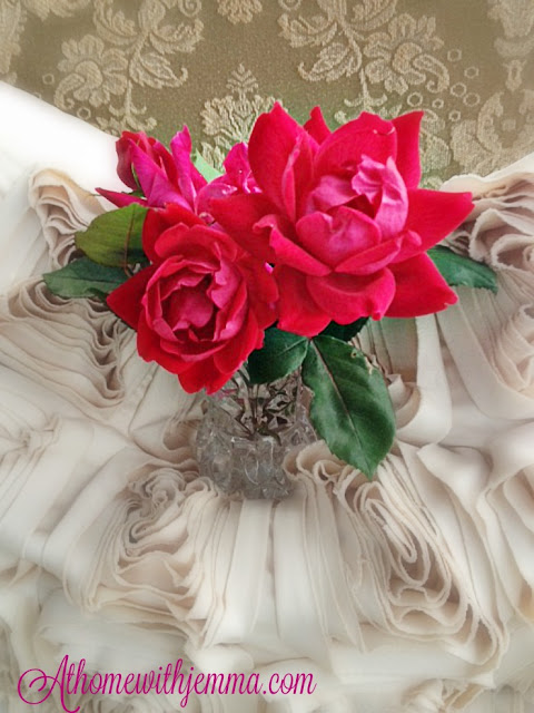 red rose, floral, crystal vase, decorating with flowers and roses