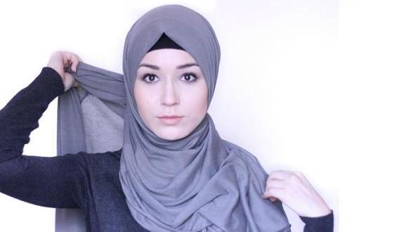 10 Tips Rambut Tetap Indah Walaupun Memakai Hijab