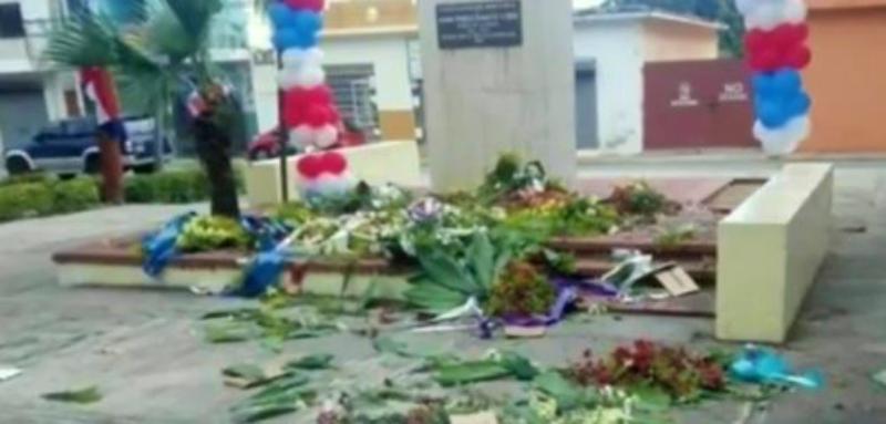 Apresan hombre acusado de destruir ofrenda floral ante busto de Duarte en Barahona