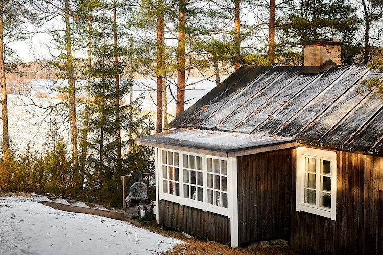 A Cosy Finnish Log Cabin In Winter Time