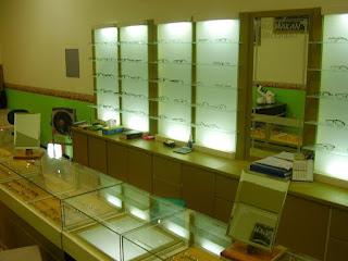 Konsultan Furniture Interior Toko Tempat Usaha Etalase Display + Furniture Semarang