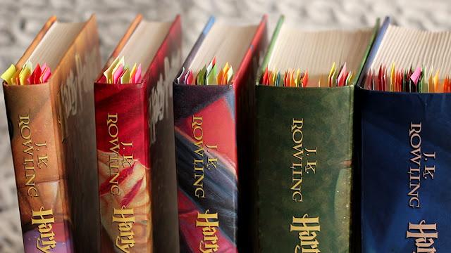 Harry Potter KOŚĆIÓŁ - usunięty z biblioteki, skreślony z listy lektur, rodzice protestują