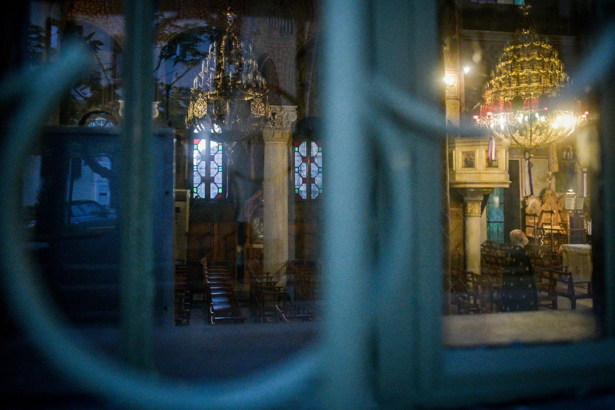 Ποια μέτρα θα ισχύσουν για το Πάσχα – Πώς θα λειτουργήσουν οι εκκλησίες