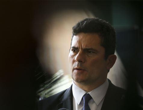 Após posse, Moro vai fazer revisão interna e fechar pacote de medidas legislativas