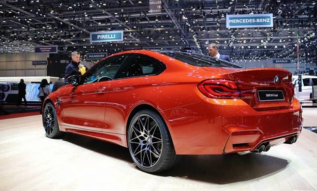 2018 BMW M4 Competition Package