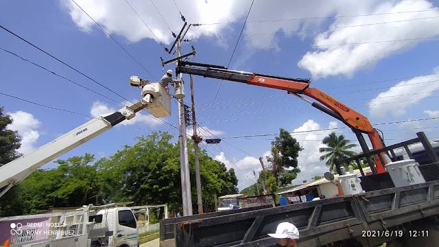 APURE: Un total de 60 familias de San Fernando y Biruaca favorecidas con sustitución de transformadores.