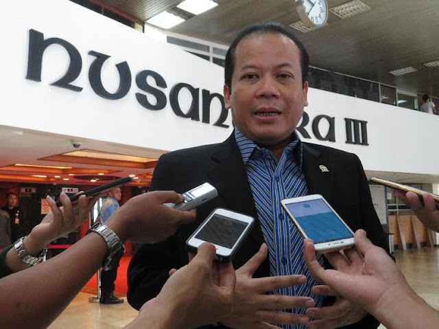 Wakil Ketua DPR Taufik Dicegah KPK ke Luar Negeri, Ini Kata PAN