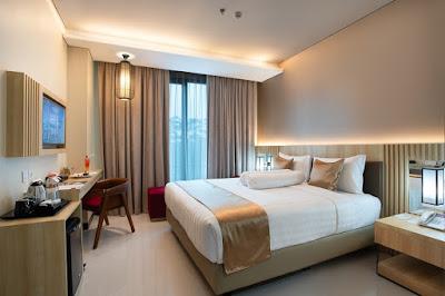Azana Hotel