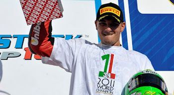 Giugliano world chempion SSTK 2011 with frentubo brakelines