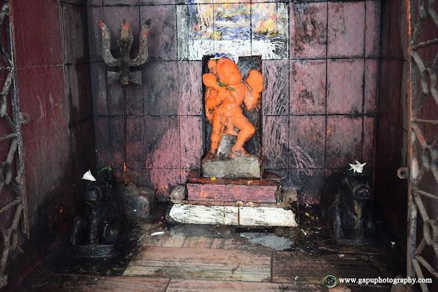 Hanuman Idol inside Akhandalamani Temple