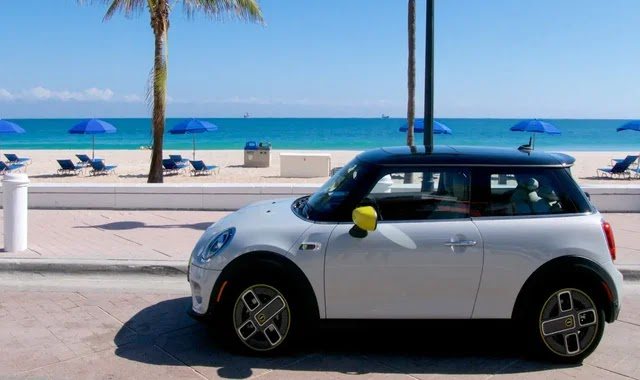 Mini plans to switch to electricity by 2030
