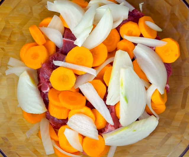 beef, carrots and onions