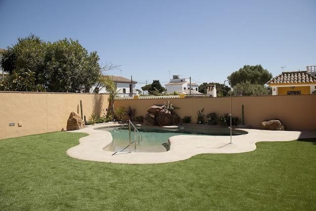 piscina hotel arohaz