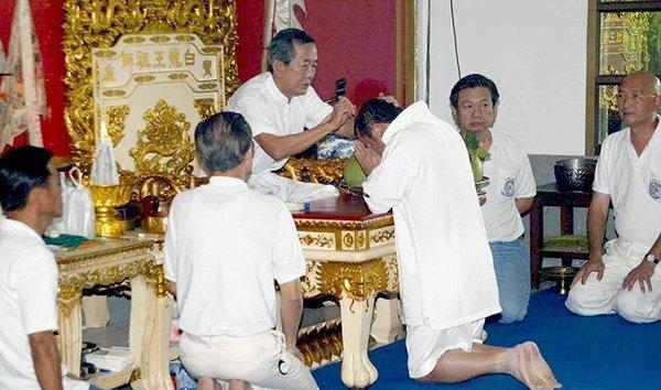 「泰國白龍王」告誡:做到「7點」,不順的就會順,一切都會好起來