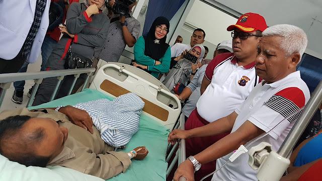 Bupati Asahan Jenguk Korban Keracunan,Semua Biaya  Ditanggung Pemkab