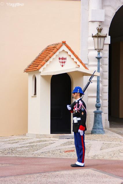 Posto di guardia del Palazzo dei Principi di Monaco