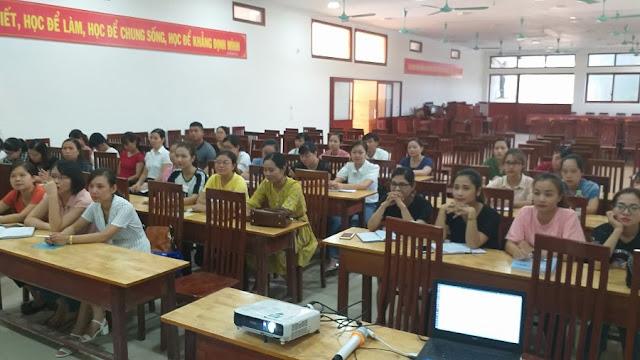 'Giới thiệu và demo khai thác tài nguyên giáo dục mở' tại trường THPT Phan Huy Chú, Thạch Thất, Hà Nội