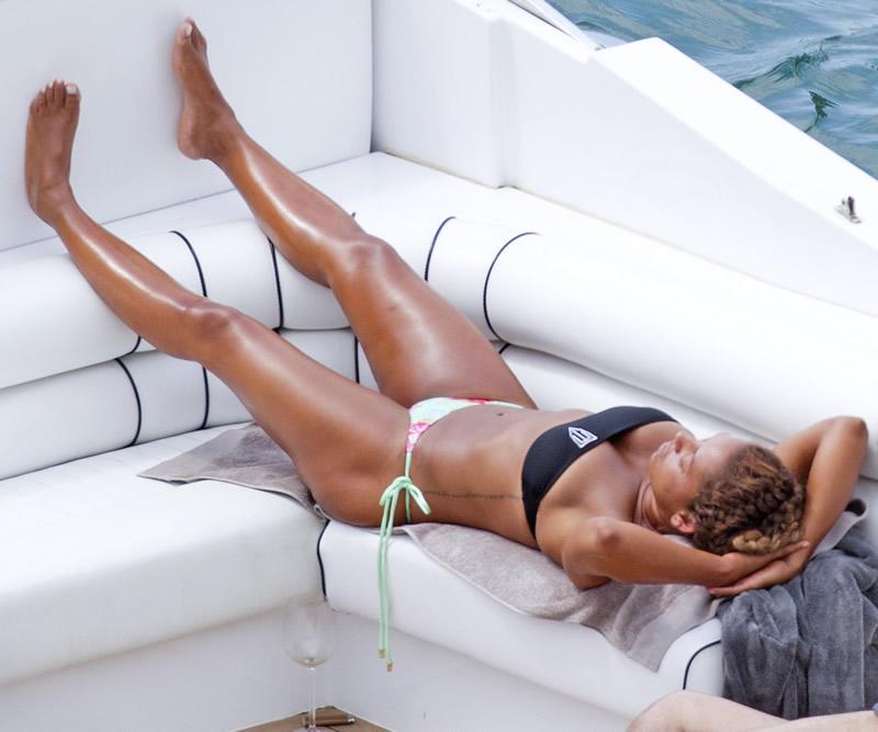 Open bottom girdle porn-4344