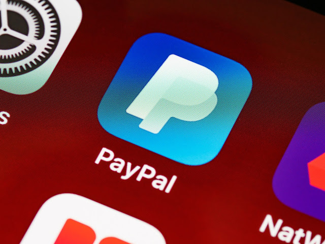 PayPal's fees for international transactions