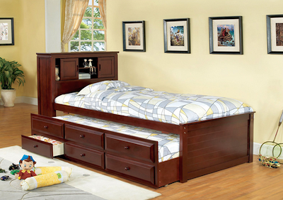 Queen Size Platform Bed Frame For A King Size Alternative - Platform bed frame king does not take a real queen to be able to lay your body down on a queen size platform bed. With queen size platform bed frame king, everyone can really enjoy a supreme platform bed frame full width with a really super wide angle and platform bed frame with storage still more space left.