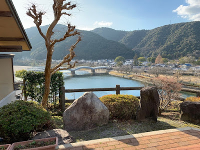 大浴場から見える錦帯橋