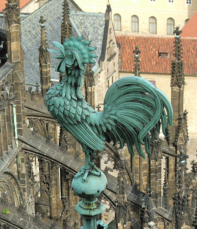 Galo no topo da catedral São Vito, Praga
