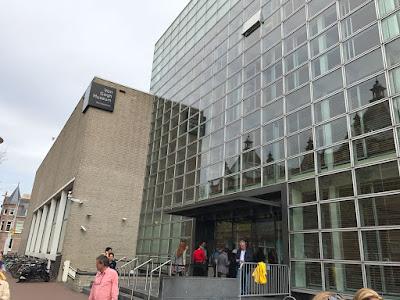amsterdam-muzeul-van-gogh-cladirea-rietweld