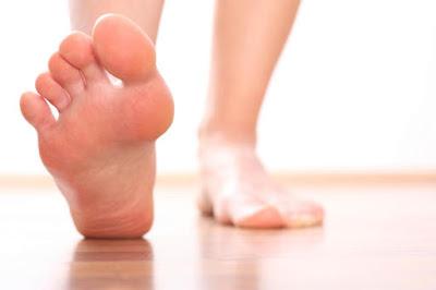 kaki kesemutan