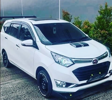 Diahtsu Sigra Toyota Calya