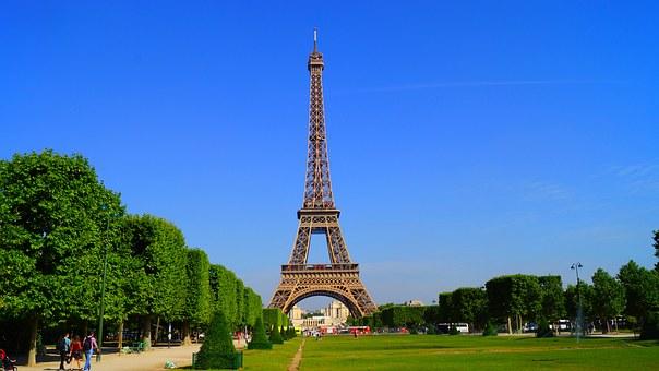 منحة ايفل لدراسة الماجستير والدكتوراة في فرنسا 2020 ( ممولة بالكامل)