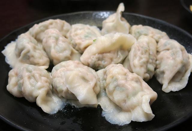 ShanDong Mama, prawn fungus chive dumplings