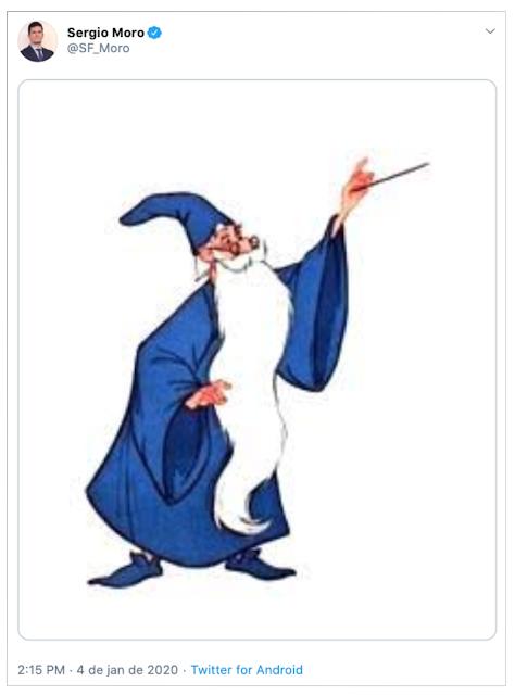 Moro fez para responder isso foi publicar uma foto o Mago Merlin