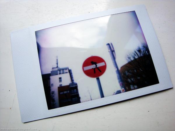 Signo No Entrar en Berlin, Alemania.