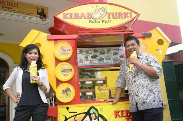 Hendy Setiono, owner bisnis Kebab Turki Baba Rafi yang mendirikan usaha dengan modal Rp 4 juta kini telah memiliki kerajaan bisnisnya sendiri hingga luar negeri
