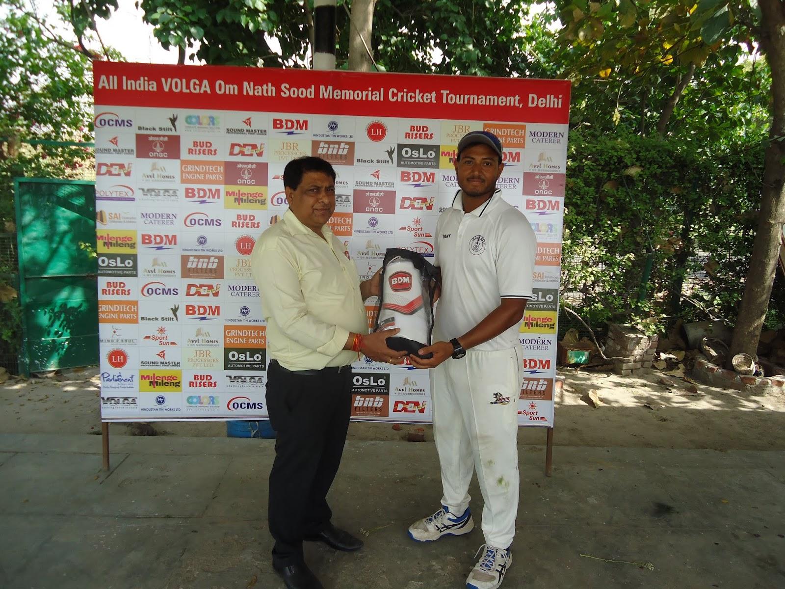रवि ठाकुर की जाँबाज बल्लेबाजी, दिल्ली कोल्ट्स सूद क्रिकेट के प्री-क्वॉर्टर फाइनल में