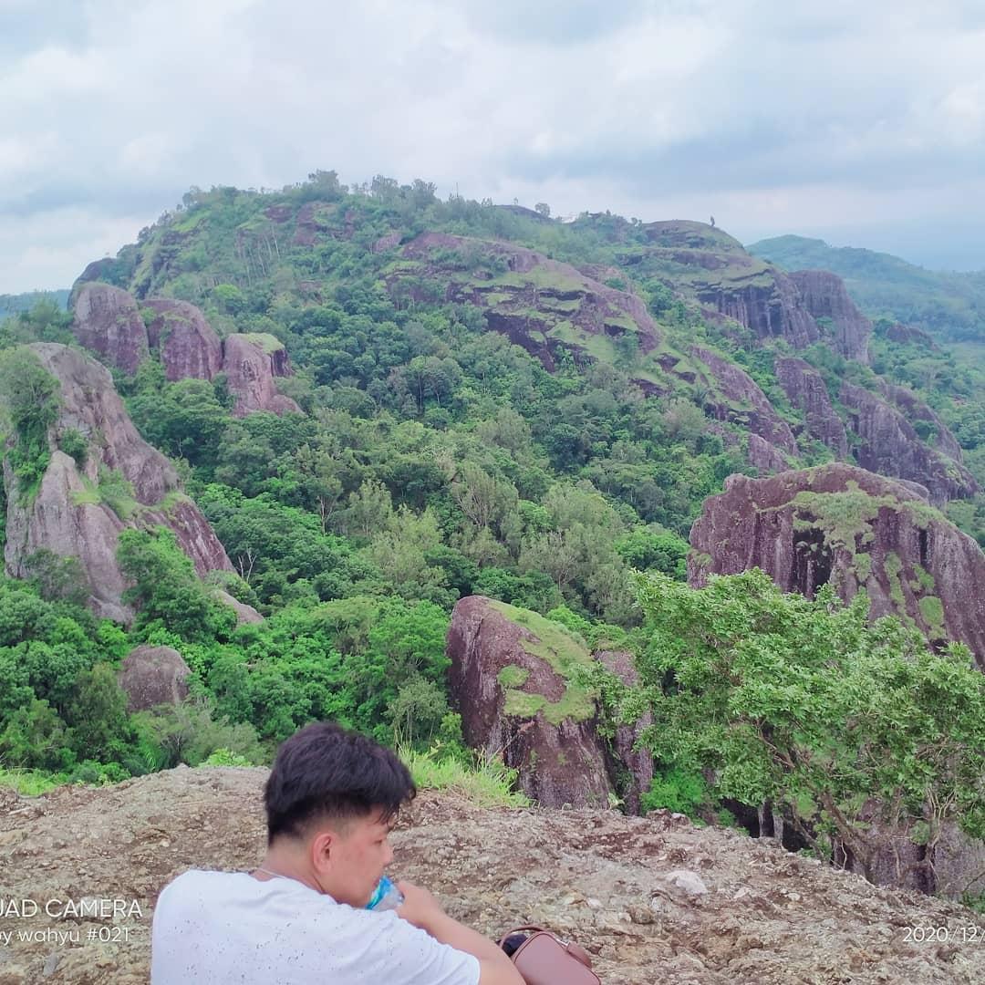 wisata jogja populer Gunung Api Purba Nglanggeran