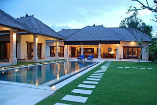 Job Vacancy as Villa Attendant (DW) at Villa Bugis - Seminyak