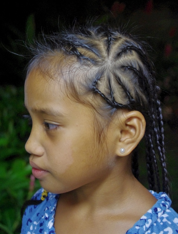 Surprising Micronesian Girl Star Rows Braids New Hairstyles Today Hairstyles For Women Draintrainus