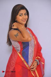 Telugu Actress Geethanjali Stills at Avanthika Movie Trailer Launch Event  0004.jpg